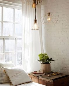 Vintage heaven on the blog, link in bio #decor #design #interior #interieur #maison #home #scandi #scandinavian #scandinavien #nordic #boho #bohemian #bobo #vintage #antiques #reclamation #lighting #white #loft #tribeca #blogger #bohemien