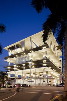 1111 Lincoln Road in Miami Beach looks like a gigantic parking garage, but it turns out that's only one of its uses. Designed and developed by the architects at Herzog & de Meuron