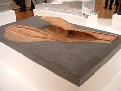 Ex_01 Does your podium merge out from a flat land? Will you use two different materials to emphasize the difference in landscape and man-made building?// SHoP Architects, Dunescape PS1 model