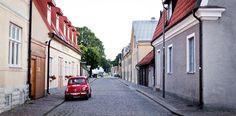 Dekkarit tekevät Gotlantia tunnetuksi - http://www.rantapallo.fi/kulttuuri-nahtavyydet/ruotsalaisdekkarit-houkuttelevat-matkailijoita-gotlantiin/