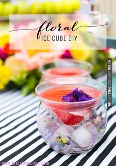 DIY Floral Ice Cubes | CHECK OUT MORE IDEAS AT WEDDINGPINS.NET | #weddings #diyweddings #diy