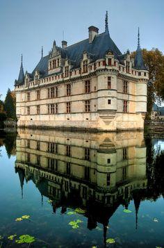 Le château d'Azay-le-Rideau, France.