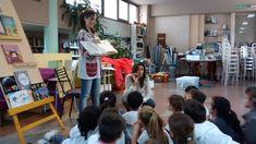 """3 grado A escucha atentamente la presentación del libro """"Inventario de flores""""."""
