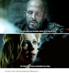 [gifset] #2x10 #SurvivalOfTheFittest #ClarkeGriffin