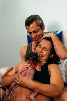 #partohumanizado #partohumanizadosjc #sjc #firstbirth #birth #parto #maternidade #mulhersjc #fotografiadeparto #Partohumanizadotaubaté  #partovaledoparaíba #hospitalsaofrancisco #jacareí #bebê #baby #nascimento #prosaefotografia #julianarosa #doulasjc