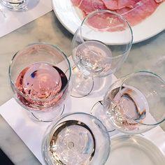 @riddhisinghal6 x •Pinterest :@vandanabadlani food, foodporn, yum, yummy, dinner, lunch, breakfast, fresh, tasty, delicious, eating, foodpic, foodgasm, dessert, chocolate, cake, icecream, dessertporn, sweettooth, drink, liquor, cocktails, drinkup, glass, beers, wine