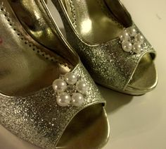 Wedding Shoe Clips large Pearl Rhinestone Shoe by ShoeClipsOnly