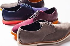 Perfect dressy-casual shoe. (neutral color) can be worn with jeans or slacks