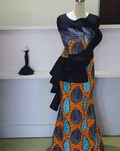 Call, SMS or WhatsApp if you want this style, needs a skilled tailor to hire or you want to expand more on your fashion business. Ankara Skirt And Blouse, Ankara Dress Styles, Kente Styles, African Fashion Ankara, African Inspired Fashion, Latest African Fashion Dresses, African Dresses For Women, African Print Dresses, African Print Fashion