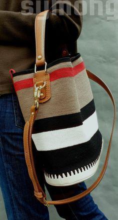 1번째 이미지 Crochet Clutch, Crochet Handbags, Crochet Purses, Crotchet Bags, Knitted Bags, Tapestry Bag, Diy Handbag, Diy Crochet, Handmade Bags