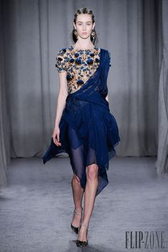 Marchesa - Couture - Fall-winter 2014-2015 - http://www.flip-zone.net/fashion/couture-1/fashion-houses/marchesa-4538 - ©PixelFormula