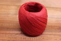 Κορδόνι Χόρτο Ράφια Κόκκινο CR3075R  Κορδόνι από χόρτο Ράφια μήκους 20m σε χρώμα κόκκινο.Εξαιρετικά σταθερό και φυσικό για όμορφα, γερά δεσίματα. Ιδανικό για να δέσετε μπομπονιέρες, προσκλητήρια καθώς και λαμπάδες γάμου, λαμπάδες και κουτιά βάπτισης και λαδοσέτ.Χρησιμοποιήστε το επίσης σε συσκευασίες δώρων, κατασκευές και χειροτεχνίες. Home Decor, Decoration Home, Room Decor, Home Interior Design, Home Decoration, Interior Design