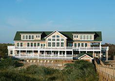 The Mark Twain Pet Friendly Oceanfront Rental house in Corolla 4x4 Area