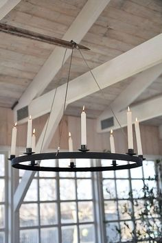 Lantern Christmas Decor, Porch And Balcony, Beautiful Christmas, My House, Small Spaces, Living Spaces, Living Room, Chandelier, Indoor