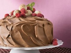 Chocolate Mousse-Raspberry Cake - use own chocolate cake recipe as a base, and then this is dye-free! This is my stepmom and sister's favorite cake! Chocolate Raspberry Mousse Cake, Raspberry Cake, Cake Chocolate, Chocolate Lovers, Raspberry Recipes, White Chocolate, Blackberry, Sweet Recipes, Cake Recipes