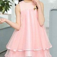 Patrón para hacer un Vestido infantil Vestidos Halter, Baby Dress Patterns, Crochet Buttons, Party Fashion, Diy Clothes, Ideias Fashion, Dressing, Sari, Formal Dresses