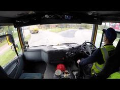 Trucker Jay in the UK:Heavy Steel 4 over 4 gearbox (ugh)