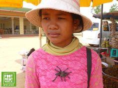 Cambodja reizen | Blog: Het Spinnenmeisje in Skun - Footprint Travel
