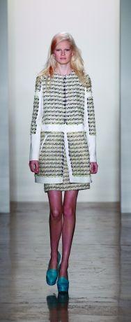 ON TREND - Tweed with white trim suit  Peter Som Fresh update on tweed