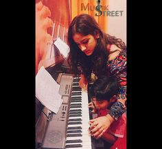 """""""The  important thing is to feel your music, really feel it and believe it."""" #kidsinpianoclass #musikstreet #keyboardclass #musicinstitutevasundhara"""