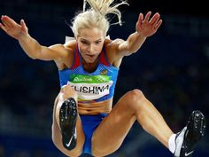 Darya Klishina of Russia competes during the Women's Long Jump Qualifying Round on Day 11 of the Rio 2016 Olympic Games at the Olympic Stadium on August 2016 in Rio de Janeiro, Brazil. Darya Klishina, Triple Jump, Beautiful Athletes, Long Jump, Athletic Girls, Sport Fitness, Sporty Girls, Action Poses, Track And Field