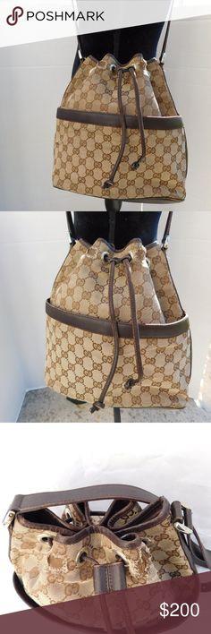 44b1982803c5 Vintage Gucci GG Canvas Bucket Drawstring Bag BRAND- GUCCI COLOR- BROWN  MATERIAL- CANVAS