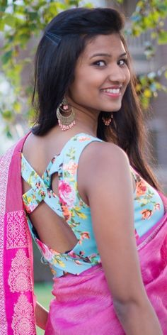 Tips and Photos of Latest Party Saree Blouse Designs - Very girly and feminine floral printed blouse with crossed backless blouse with pink saree - Choli Blouse Design, Choli Designs, Sari Blouse Designs, Blouse Patterns, Blouse Styles, Blouse Back Neck Designs, Fancy Blouse Designs, Stylish Blouse Design, Party Sarees