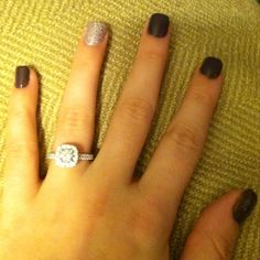 New Year's Eve nails! Yeah, cute. But look at that ring! :)