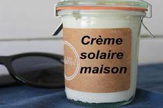 Crème solaire maison au thermomix, protège et hydrate le corps contre les rayon du soleil grâce aux huiles et à l'oxyde de zinc.