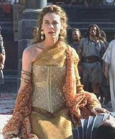 Queen Antonia Melian of Solone Gladiator Costumes, Gladiator Movie, Gladiator Maximus, Keanu Reeves, Barbarian Woman, Black Dress Red Carpet, Rome Fashion, Movie Costumes, Ancient Rome
