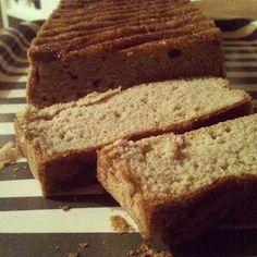 paleo kenyér 5 evőkanál mandulaliszt (darált mandula) 5 evőkanál kókuszliszt (darált kókuszreszelék) ½ kk. szódabikarbóna 3 db tojás 2 dl víz 1 csapott kk. só Izu, Banana Bread, Breads, Bread Rolls, Bread, Braided Pigtails, Buns