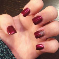 Just got my nails done at Buff & Tweeze! Getting into the holiday spirit early this year with dark red acrylics and a golden glittery accent :)
