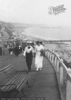 Bournemouth, Ladies Fashion From The Francis Frith Collection. Vintage Photographs, Vintage Images, Nostalgic Images, British Seaside, Holiday Resort, Bournemouth, Edwardian Era, City Photography, London Wedding