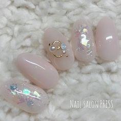 オールシーズン/オフィス/ハンド/ホログラム/ワンカラー - nail_pressのネイルデザイン[No.2908036]|ネイルブック Cute Acrylic Nail Designs, Cute Acrylic Nails, Nail Art Designs, Gel Nails, The Art Of Nails, American Nails, Kawaii Nails, Beach Nails, Nail Ring