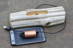 Driftwood-Docking-Station-for-Smartphones.jpg01