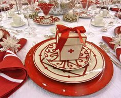 Red and White Ball via @quintessence