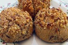 Cevizli tahinli kurabiye, özellikle çocuklar ve gençlerin en çok sevdiği tahinli kurabiye ikramlarınızın vazgeçilmezleri arasısnda yer alacak.
