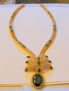 Hattie Carnegie Mesh and Emerald Colored and Clear Crystal Necklace