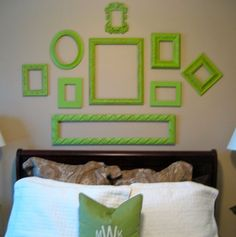 Decorating with Old Picture Frames, Money Saving Wall Decoration Ideas