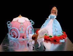 #cinderella #cake #carriage