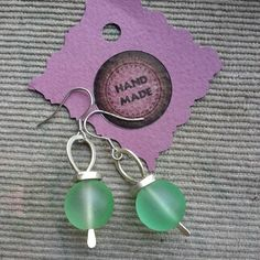 Earring green #glass #green #earringsjewerly #earrings #wirewrap #wirewrapped #workshop #studio #jewerly #WireGalaxy