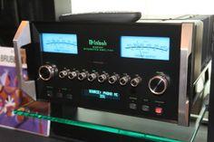 Den integrerte forsterkeren MA8000, et av de nyeste tilskuddene fra McIntosh.