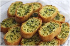 In about 20 minutes you will have this delicious appetizer that you can eat alone, or as an accompaniment to other dishes, sausages, pates, . Easy Dinner Recipes, Great Recipes, Vegan Recipes, Easy Meals, Dessert Recipes, Cooking Recipes, Cheddar Soup Recipe, Broccoli Soup Recipes, Eating Alone