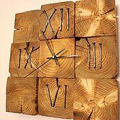 Купить или заказать настенные часы из спилов в интернет магазине на Ярмарке Мастеров. С доставкой по России и СНГ. Материалы: сосна, гвозди, лак, морилка. Размер: 30/30/4 см