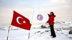 ÇOMÜ'nün Bayrağını Antarktika'da Dalgalandırdı...