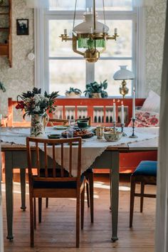 WonderfulClara - WonderfulClara's World - Lilly is Love Scandinavian Cottage, Scandinavian Interior, Style At Home, Swedish Interiors, Interior Decorating, Interior Design, Cool Rooms, Kitchen Living, Beautiful Interiors