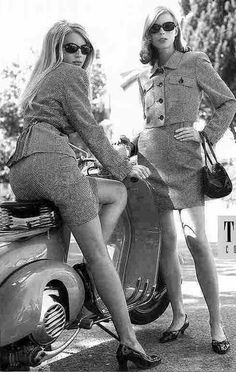 Vespa girls