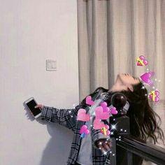 ੭ Makeup Hacks makeup hacks acne Ulzzang Korean Girl, Cute Korean Girl, Ulzzang Couple, Korean Best Friends, Anime Best Friends, Couple Aesthetic, Aesthetic Girl, Best Anime Couples, Cute Couple Wallpaper