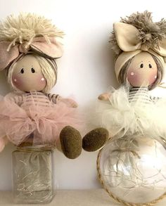 Bimbe lanterns with tutu - Country Creations Felt Crafts, Diy And Crafts, Arts And Crafts, Fabric Brooch, Free To Use Images, Christmas Crafts, Christmas Ornaments, Country Crafts, Craft Sale