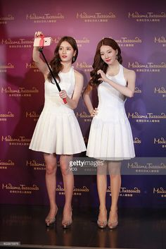 Suzy Marvels At Her Wax Figure At Madame Tussauds Hong Kong Famous Celebrities, Celebs, British Royal Family Members, Wax Statue, Miss A Suzy, Wax Art, Wax Museum, Madame Tussauds, Exotic Beauties